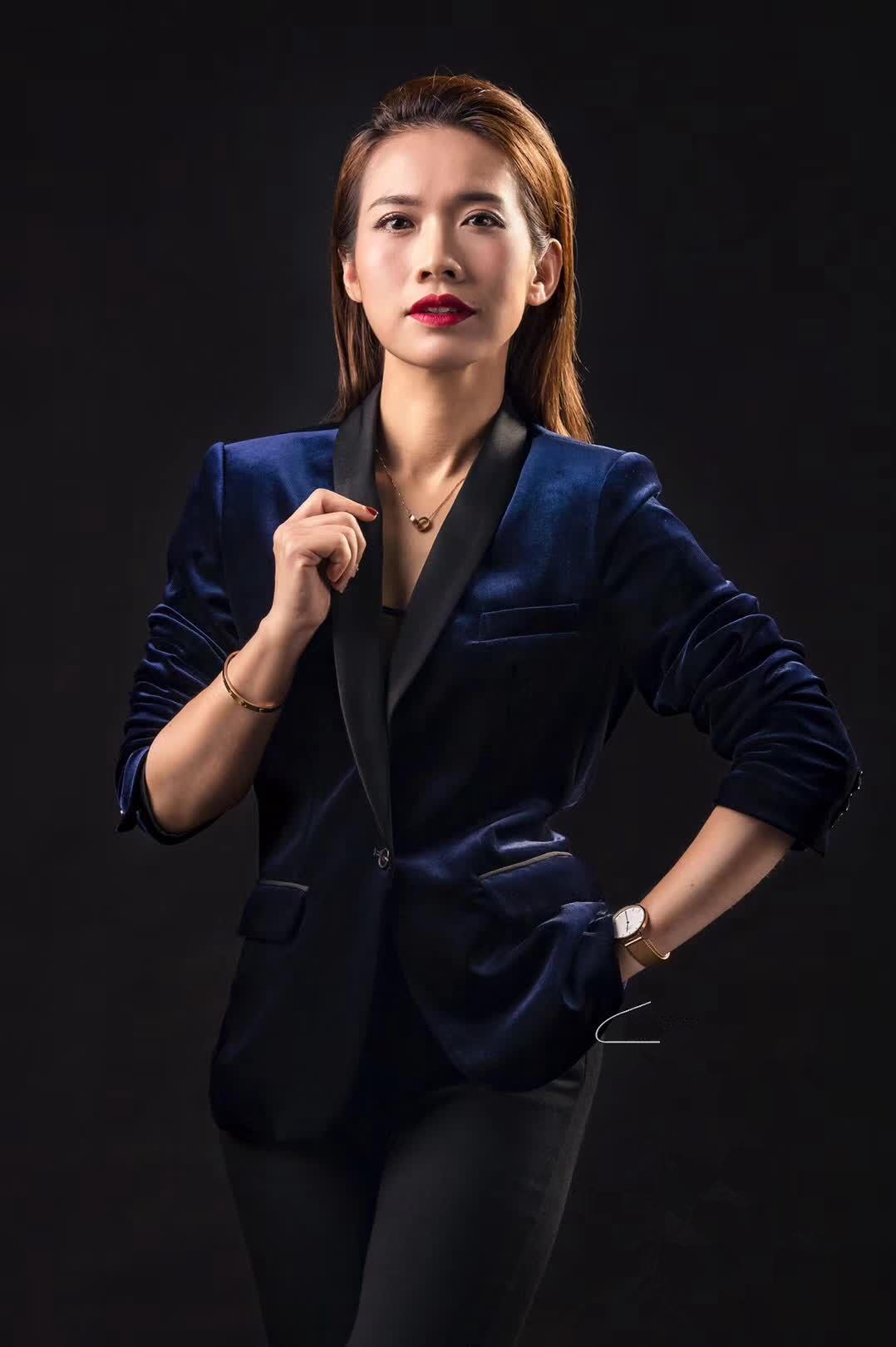 湛江广播电视台:梁小媛
